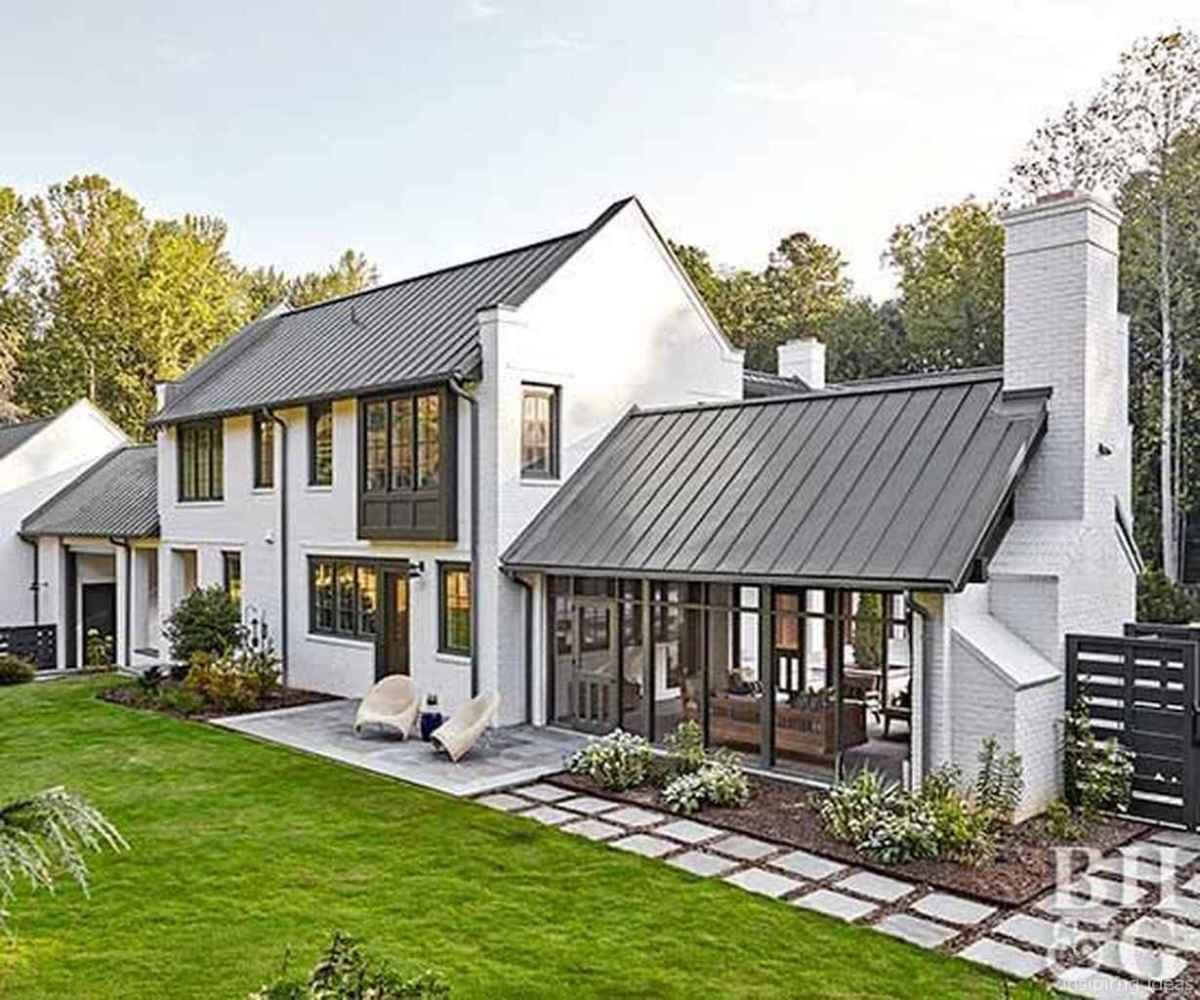 Farmhouse Remodel Ideas Exterior: Simple Modern Farmhouse Exterior Design Ideas 03