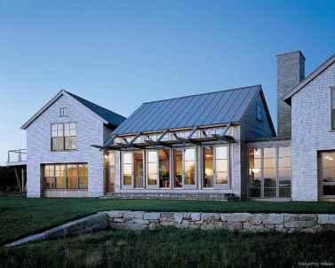 Simple Modern Farmhouse Exterior Design Ideas 09