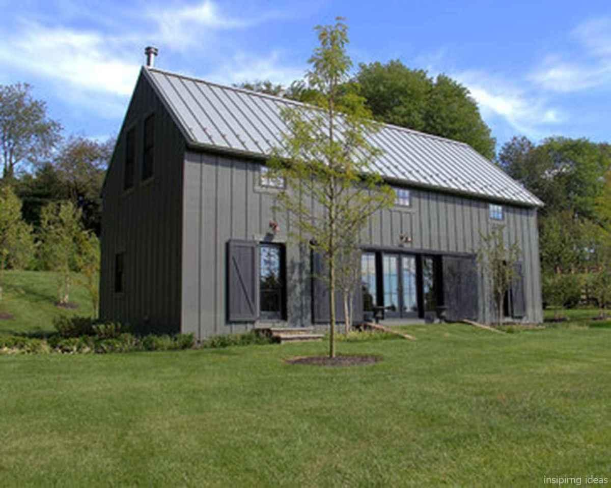Simple Modern Farmhouse Exterior Design Ideas 42