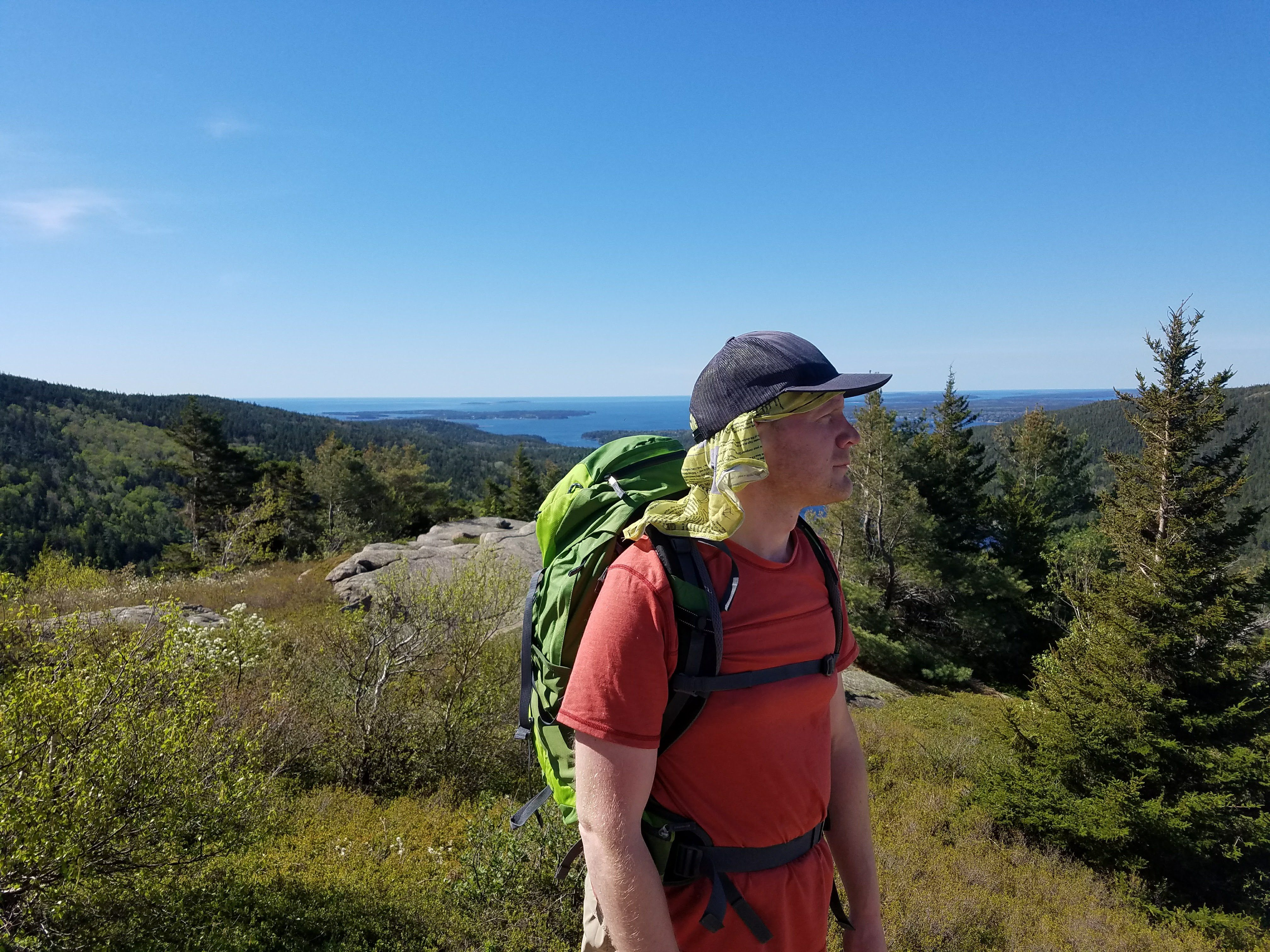 What to Pack for Hiking – Beginner's Guide