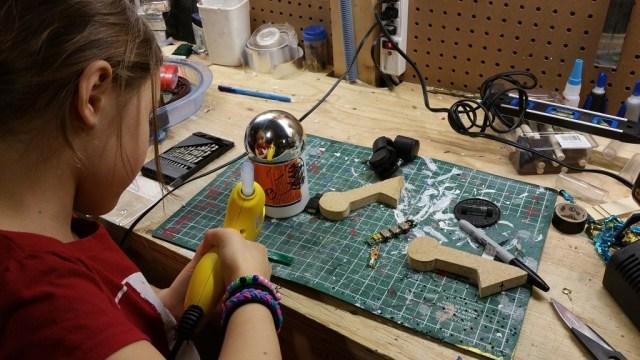droid make kids craft hot glue