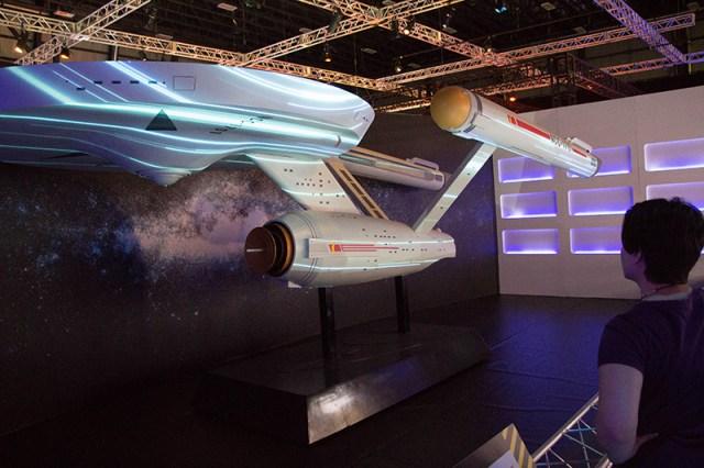 star trek the starfleet academy experience Enterprise model
