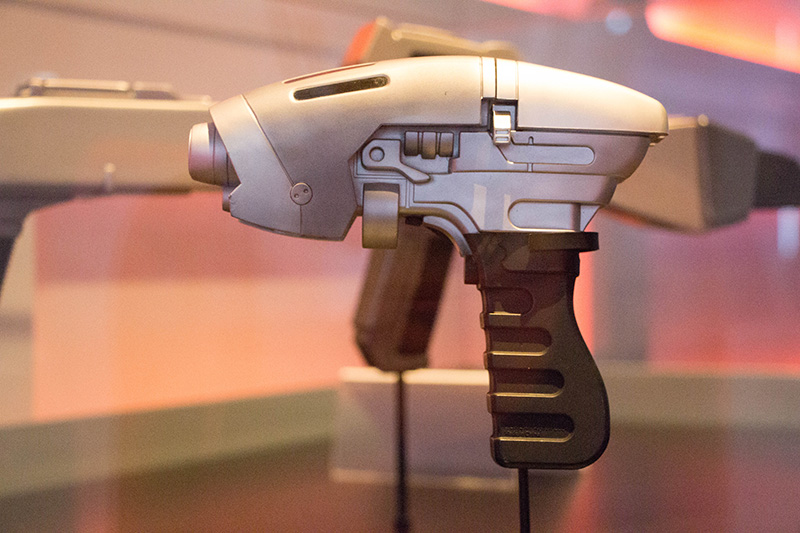 star trek the starfleet academy experience enterprise phaser