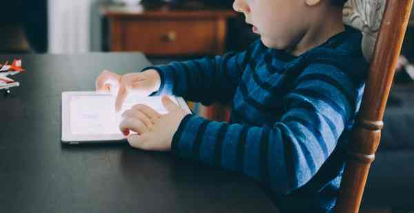 how much can my kid watch the ipad