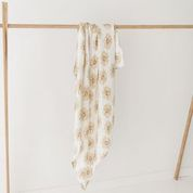 Two Darlings Bamboo Swaddle (sunny)