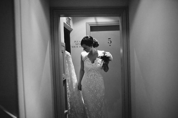 Vintage Wedding Dresses East Sussex: Elie Saab Vintage Glamour For A Chic Winter Wedding