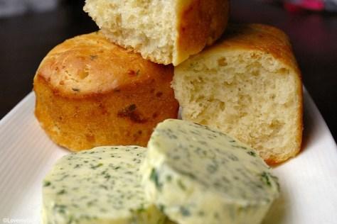 knoflookbroodjes met Parmezaanse kaas 3