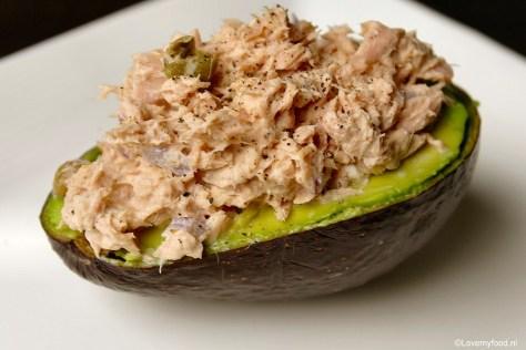 Gevulde avocado met tonijnsalade U
