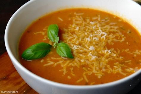 Makkelijke soep van geroosterde tomaten 3