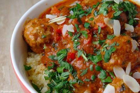 marokkaanse-gehaktballetjes-met-tomatensaus-3