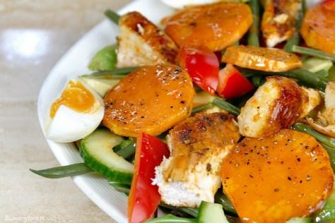 salade met zoete aardappel en sriracha dressing 5