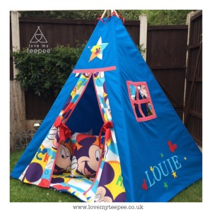 Childrens personalised mickey mouse teepee set