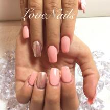 pink with chrome-nails