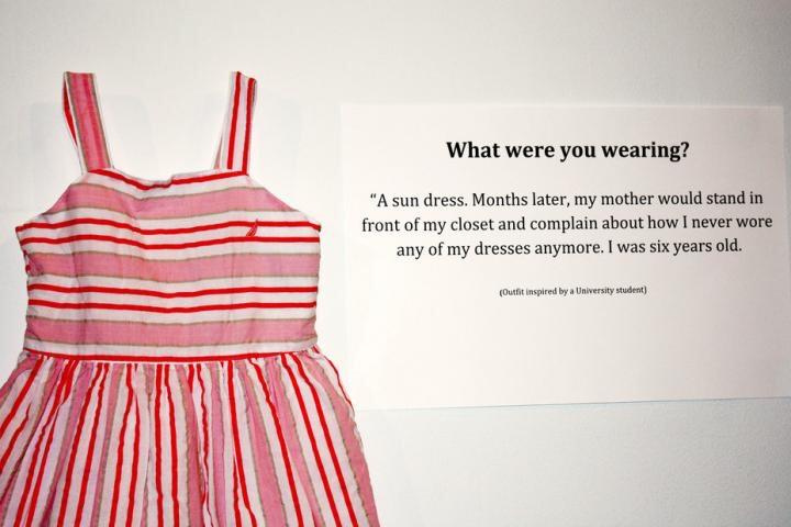 Mais vous étiez habillée comment? Agression sexuelle