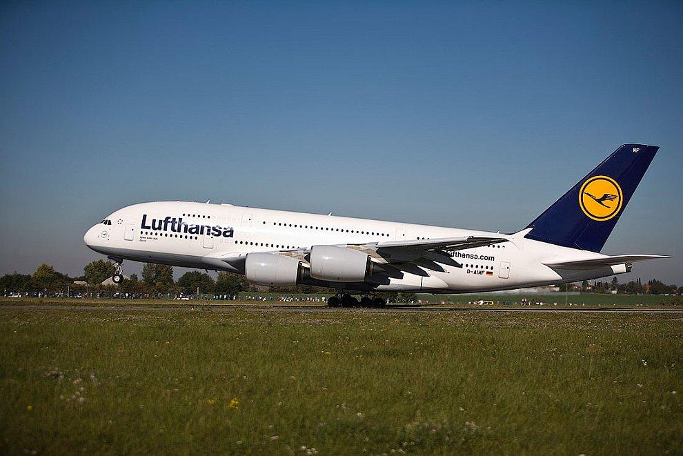 москва как фото самолета большого пассажирские немцев все