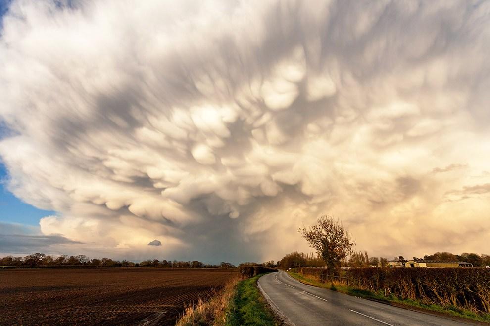 Невероятные облака в Мидлендсе, Англия