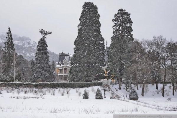 Массандровский дворец в снегу | ФОТО НОВОСТИ