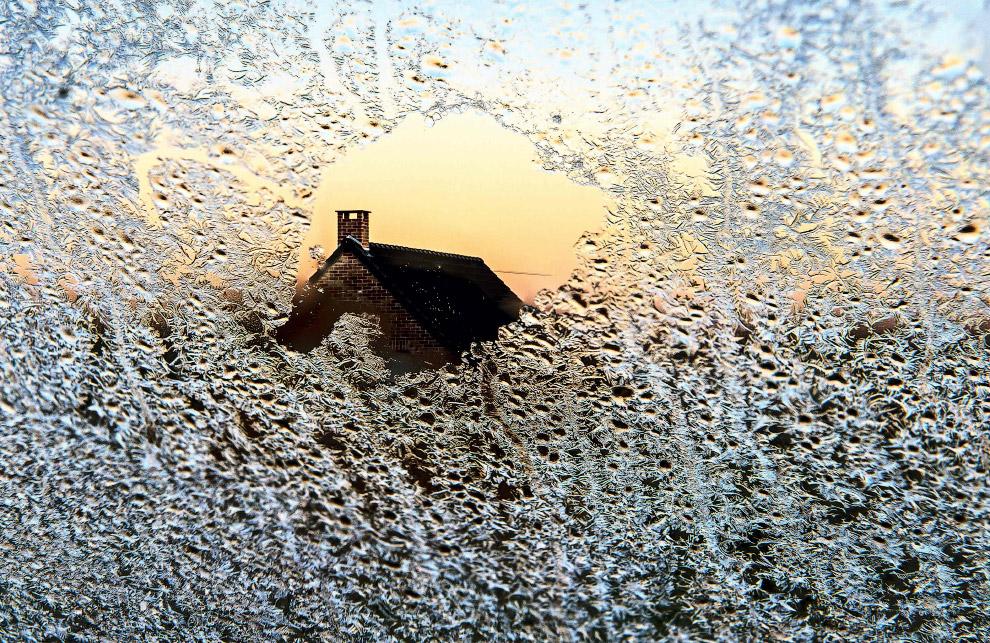 Зимой можно снимать удивительный картины из окна