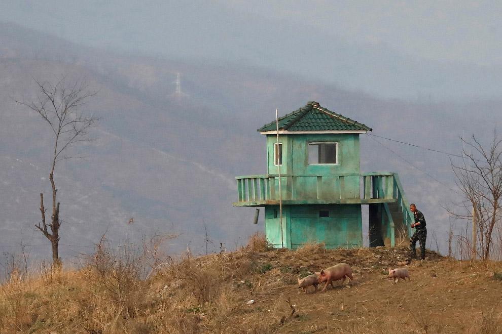 Сторожевая башня на границе Северной Кореи