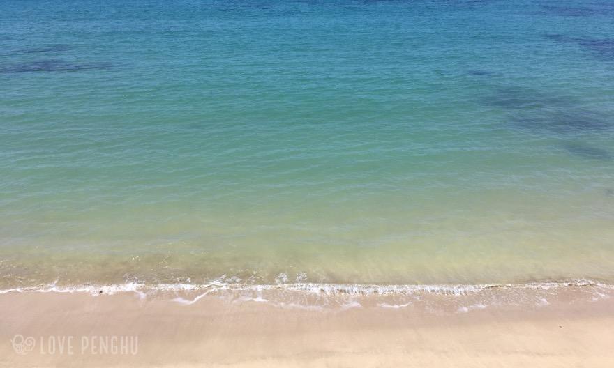 遠浅で美しく安心な內按ビーチ