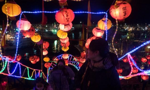 澎湖(ポンフー)外垵の夜景が美しい元宵節