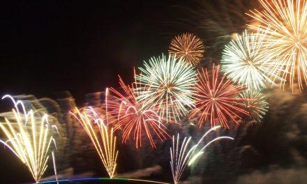 2017年の澎湖(ポンフー)海上花火節がスタート!