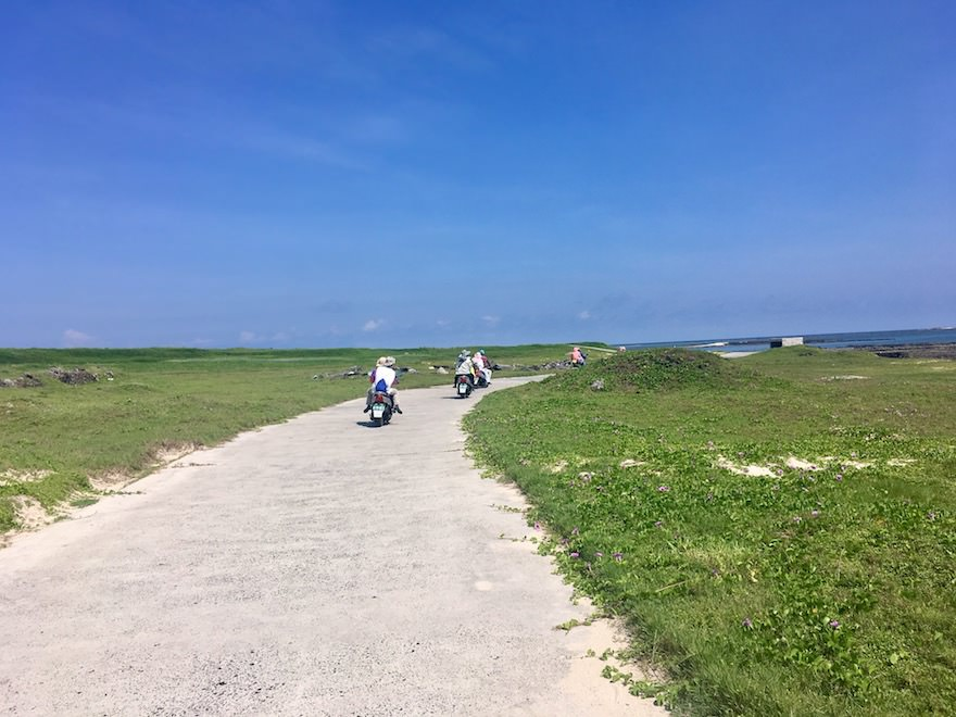 澎湖(ポンフー)の離島「吉貝嶼」を電動バイクで走る