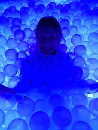 GlowMcGlow Lizzie in balls