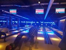 Queen bowling