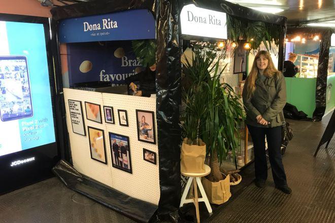 Dona Rita stand and me