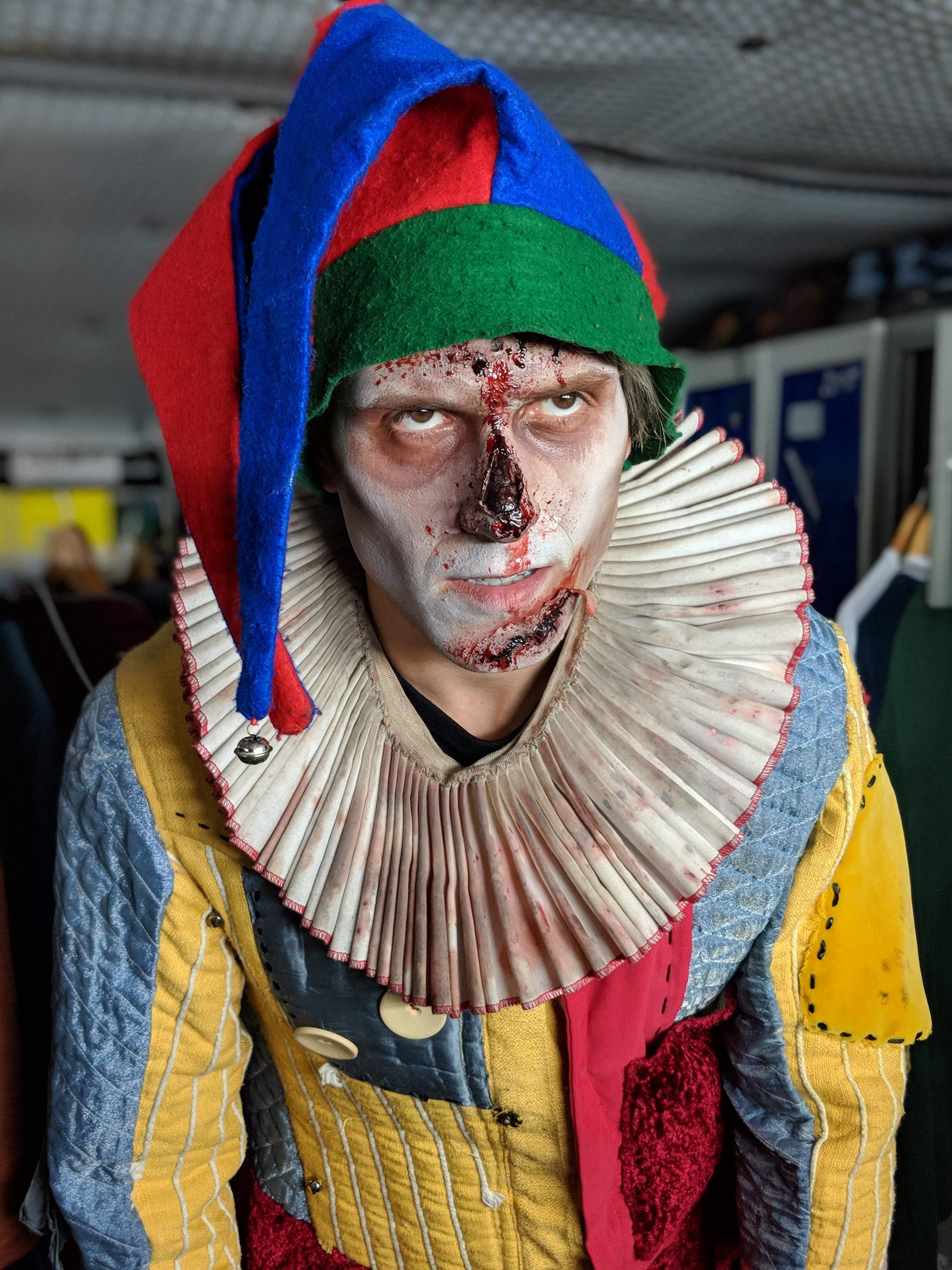 London Tombs - Steve as a zombie clown