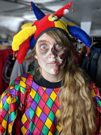 London Tombs - Joanne as a zombie clown