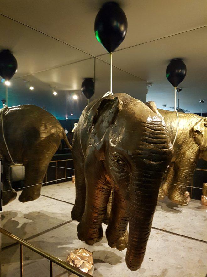 Circus London elephant