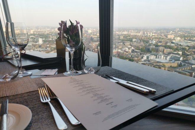 Ting table setting