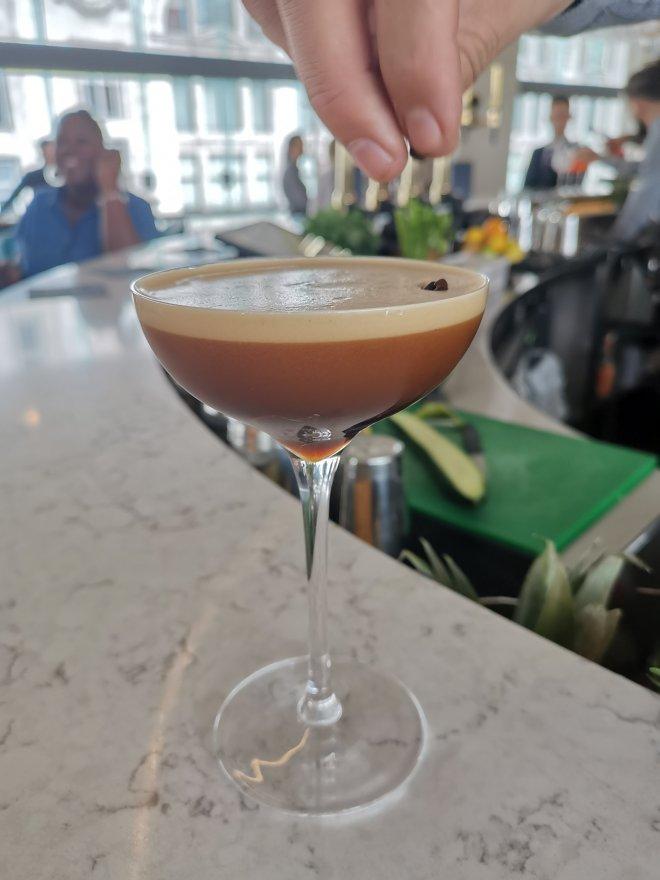 VIVI bar espresso martini