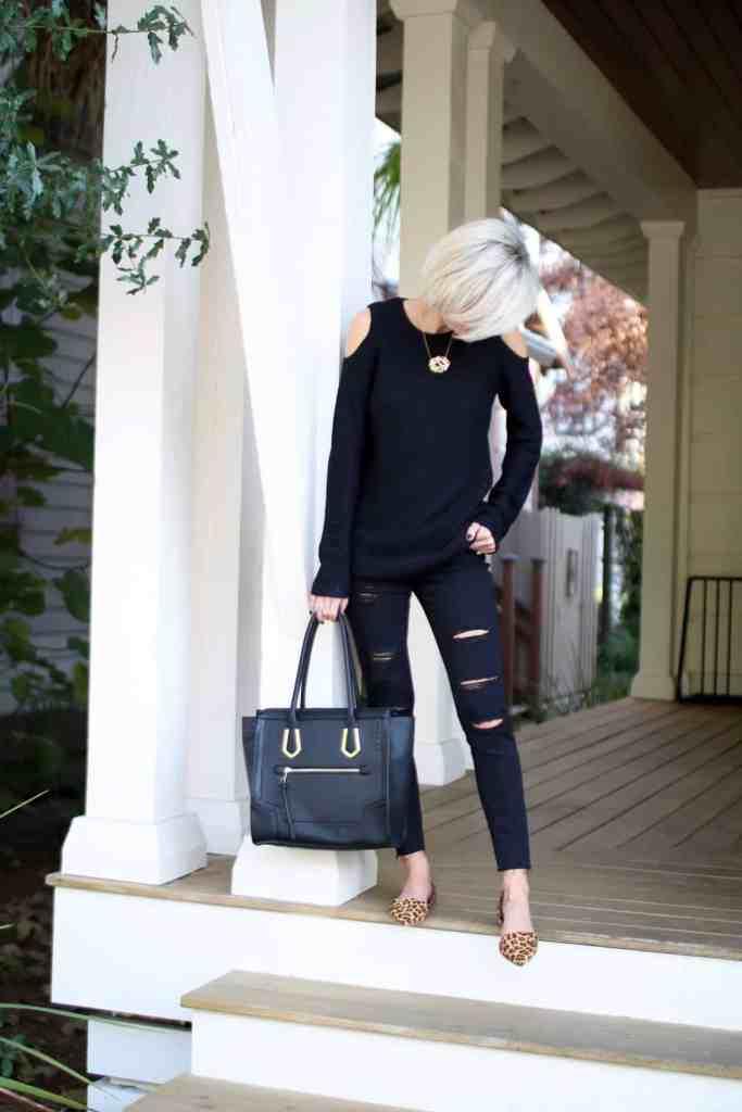 cyber monday - black sweater - @loverlygrey - www.loverlygrey.com