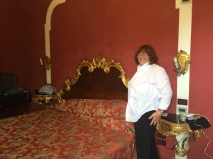 Hotel - Janeen - bed