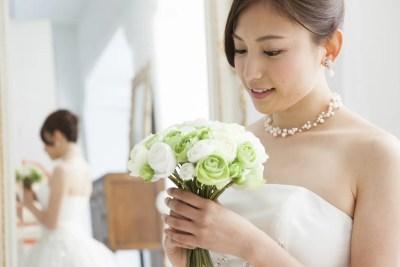 結婚相手を受け入れた花嫁
