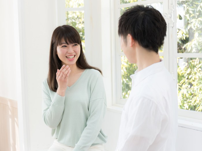 結婚観を聞く男性