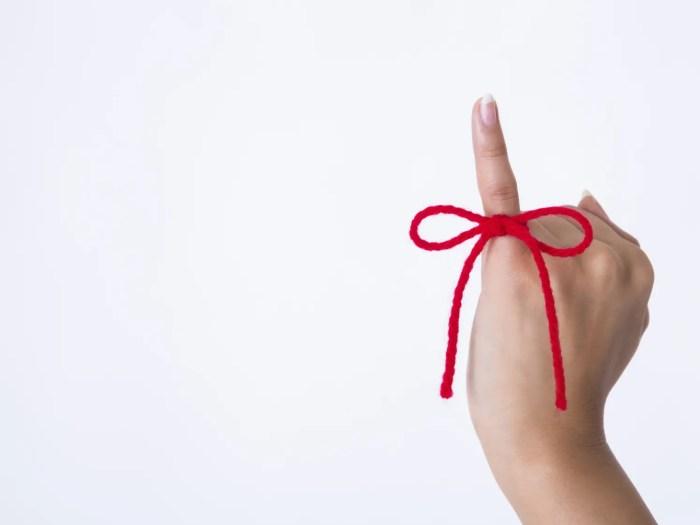 赤い糸 脈ありサインを示す恋愛心理イメージ