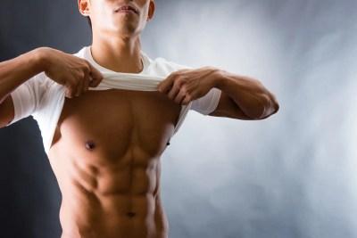 男性的な肉体