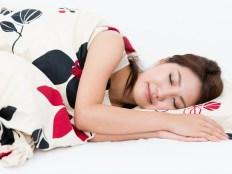 ロングスリーパーのイメージ 眠る女性