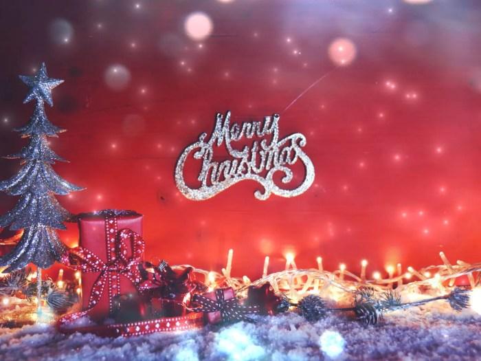 綺麗なクリスマスの情景とプレゼント