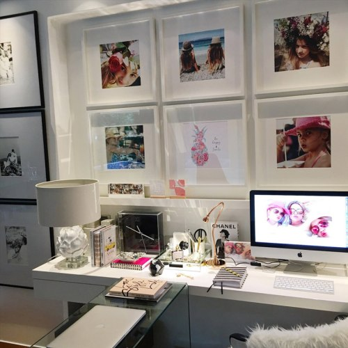 HOME-OFFICE-desk-INSPIRING-PHOTO-WALL