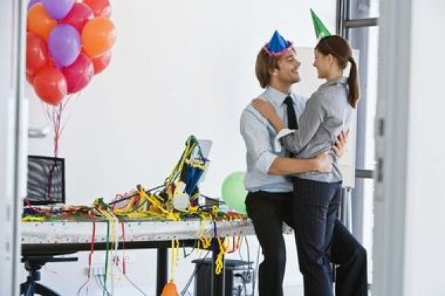 how to handle romantic relationships at work