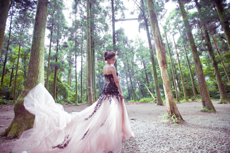 婚紗禮服,手工婚紗,禮服租借,婚紗訂製,輕婚紗,婚紗,禮服推薦