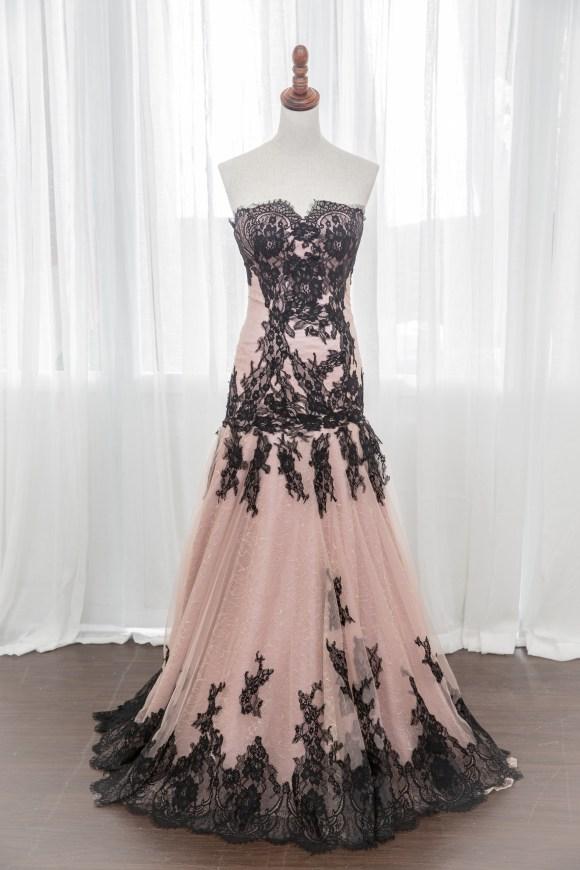 禮服出租:頂級手工晚禮服。全新款開放使用