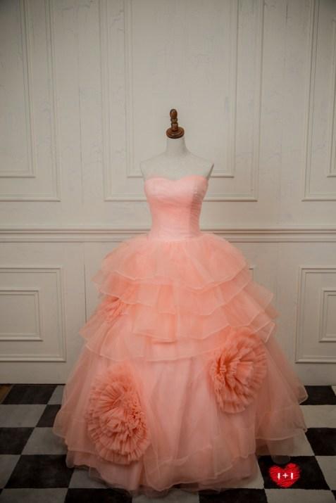 手工婚紗:誘人蕾絲不敗禮服