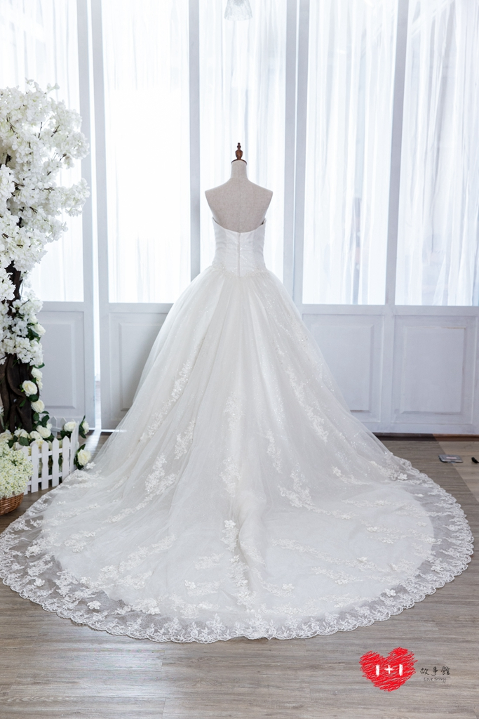手工婚紗:圖騰女神白紗