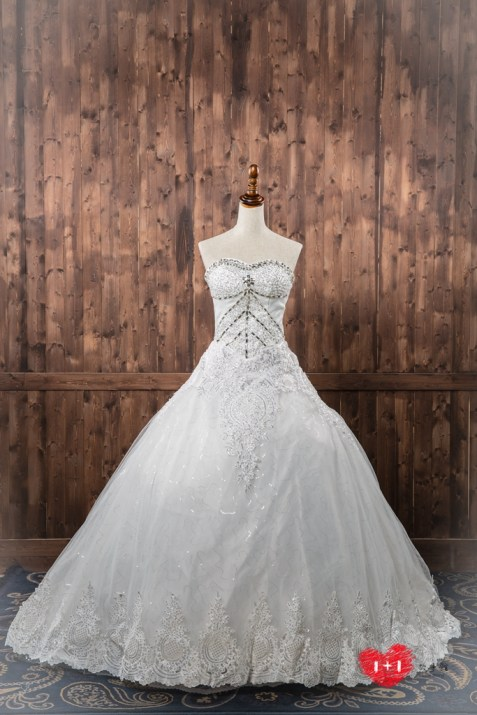 手工婚紗:女神高雅蓬感白紗